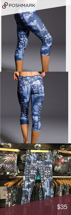 Onzie Azul Capri Pant Designed for hot yoga, soft and so pretty! NEW with TAGS! 🍃🌾☀️🎉🙌 Onzie Pants Capris