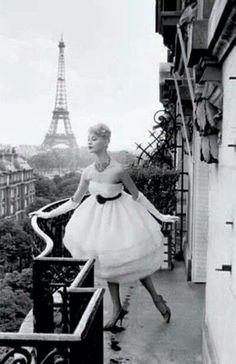 Vintage. Paris.