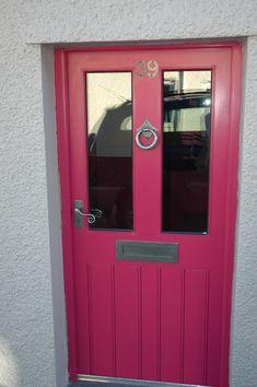 A very nice pink door with our pewter door furniture. Shown here are door numbers, letter plate, door handles and ring door knocker. For more click below: http://www.priorsrec.co.uk/door-furniture/letter-plates/pewter-letter-plates/c-p-0-0-3-33-89 #doorfurniture #doorhandles #doorknocker