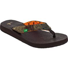 Women's Sanuk Yoga Mat Mossy Oak Sandals, love this brand of flip flops they are so comfy but beware they taste very good to hunting dogs maybe its the camo thats so appealing