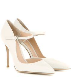Off-white patent leather pumps. Patent Shoes, Patent Leather Pumps, Pump Shoes, Leather Shoes, Shoes Heels, Mary Janes, Off White Shoes, White Pumps, Stilettos
