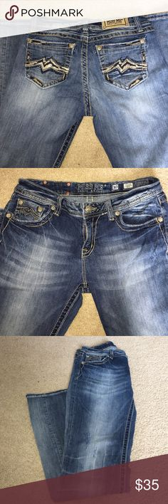 Miss Me Jeans, relaxed boot fit. Miss me jeans, relaxed boot fit, inseam 33. Miss Me Jeans Boot Cut