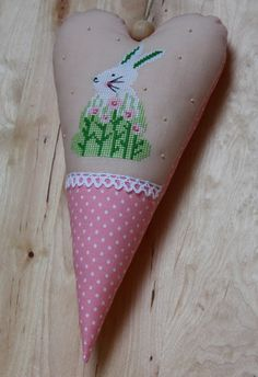 Vicky und Ricky: Easter Bunny on Tilda Fabrics in Acufactum style, crossstich