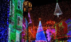 Cities with Amazing Holiday Light Display