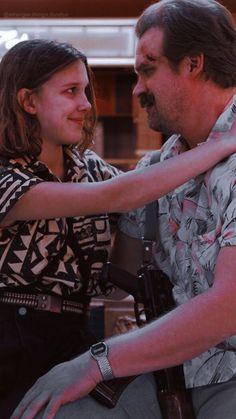 Film Stranger Things, Stranger Things Characters, Bobby Brown Stranger Things, Stranger Things Aesthetic, Millie Bobby Brown, Film Serie, Illustrator, Portrait, Instagram