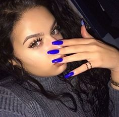 Royal Blue Squoval Acrylic Nails Source by meredithmlarson Dope Nails, Nails On Fleek, Fun Nails, Prom Nails, Squoval Acrylic Nails, Cute Acrylic Nails, Blue Coffin Nails, Matte Nails, Gorgeous Nails