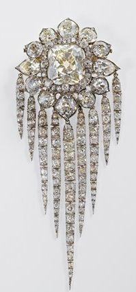 Queen Victoria's Fringe Brooch, 1856, R & S Garrard.   The Royal Collection, Her Majesty Queen Elizabeth II