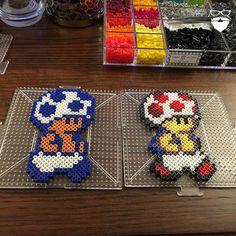Toad Mario perler beads by piercepopart Yoshi, Mario Crafts, Mario And Luigi, Perler Patterns, Pearler Beads, Christmas Games, Toad, Bead Crafts, Super Mario