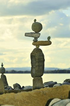 Yay for Stonestacking! Can't wait for warmer weather to go to the Rhine-Beach and stack stones again !