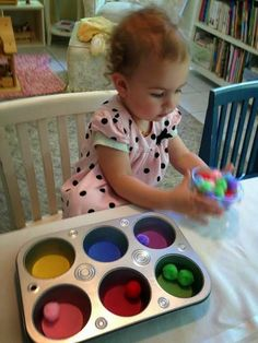 Natural Beach Living: Easy and Fun Activities for Teaching Colors