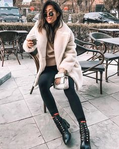 Decaf mocha skim milk no whipped cream. Cream Fur Coat, White Fur Coat, Winter Coat Outfits, Winter Clothes, Mom Outfits, Casual Outfits, Cold Weather Fashion, Winter Fashion, Fur Coat Outfit