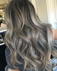 "464 Likes, 8 Comments - Lisa Dinh Hair Studio (@lisadinhhairstudio) on Instagram: ""DIMENSIONAL Colorist & stylist: @sammcginnn www.lisadinhhairstudio.com For inquiries:…"""