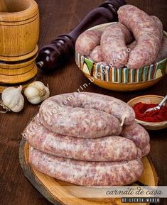 Chicken Mozzarella Pasta, Romanian Food, Romanian Recipes, Smoking Meat, Dried Tomatoes, Creamy Chicken, Sausage Recipes, Sun Dried, Charcuterie