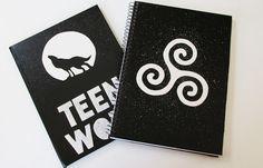 Teen Wolf Merch, Diy Presents, Maze Runner, Geek Stuff, Design Inspiration, Room Decor, Embroidery, Art, Netflix