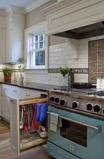 1920 Colonial Kitchen - traditional - kitchen - portland - by Craftsman Design and Renovation