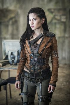 """Female Spy (NAME UNKNOWN AS YET) - Actual info is: """"Ivana Baquero as Eretria from the Shannara Chronicles on MTV. It's not a cosplay. It's a stock photo from the series. Moda Steampunk, Style Steampunk, Steampunk Clothing, Steampunk Fashion Women, Gothic Fashion, Steampunk Hair, Steampunk Outfits, Gothic Steampunk, Steampunk Necklace"""