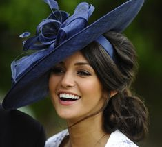 Michelle Keegan's stunning new look at the races - hellomagazine.com