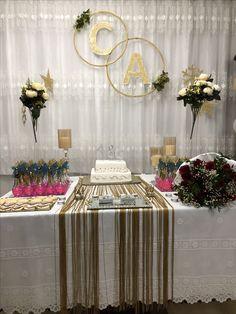 Nişan masası Silver Wedding Decorations, Engagement Party Decorations, Backdrop Decorations, Party Background, Birthday Background, Ideas Aniversario, Quince Centerpieces, Wedding Reception Backdrop, Flower Backdrop
