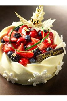 Fancy Desserts, Sweet Desserts, Japanese Christmas Cake, Fancy Dishes, Bread Cake, Strawberry Cakes, Pastry Cake, Cheesecakes, Celebration Cakes