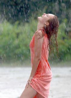 летний дождь by aleks osadchuk on Rain Photography, Girl Photography Poses, I Love Rain, Rain Days, Under The Rain, Singing In The Rain, Summer Rain, Up Girl, Beautiful Moments