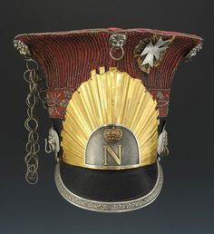 """Czapska of an officer of the Regiment of Chevau-Légers of the Imperial Guard, also called """"Polish Lancers"""" Napoleon Josephine, Honor Guard, Military Cap, Arm Armor, Napoleonic Wars, Empire, Captain Hat, Helmet, Polish"""