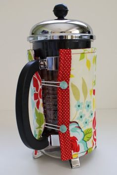 French Press Cozy...I could use one of these, maybe the coffee will stay hot a bit longer and I would use my french press a little more