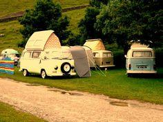 so vintage...70's style gypsy wagon♥