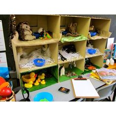 Such a cool vet set up. Have to do this This would be easy to do with cardboard boxes stacked. What a fun addition to a vet/pet theme. Dramatic Play Themes, Dramatic Play Area, Dramatic Play Centers, Play Based Learning, Learning Through Play, Reggio, Play Corner, Role Play Areas, Pet Vet