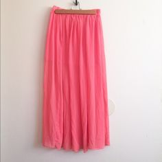 Pretty Chiffon Maxi Skirt Very pretty orange/peach chiffon maxi skirt! Only used once so in great condition! Tag says XS but fits like a Small. Very flowy and comfortable. #maxiskirt #chiffon #summer #spring #festival Mossimo Supply Co Skirts Maxi