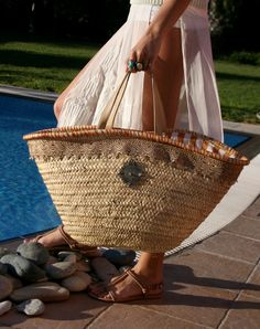 Straw Bag with Beige Embroidery and Beige Leather Handles.This straw bag is perfect for your vacation getaways and city escapes, as it is foldable and can fit easily in your luggage. Large Beach Bags, Large Bags, Leather Handle, Leather Bags, Straw Tote, Pink Stripes, Dark Colors, Beige, Tote Bag