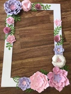 Floral Photo Booth Frame/wedding/birthday Party Selfie Frame - Paper Flowers - shower Party D. Birthday Frames, Diy Birthday, Birthday Parties, Birthday Photo Frame, Lego Parties, Happy Birthday Frame, Birthday Photo Booths, Flower Birthday, Paper Flowers Craft