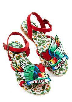 Tweet of Foot Sandal in True Love