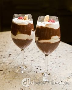 Banana Chocolate Parfaits: delicious diabetic dessert! Could be your next fancy dinner dessert -- includes all nutritional and diabetes exchange info.