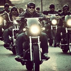 Outlaws Motorcycle Club, Motorcycle Clubs, Sons Of Anarchy Motorcycles, Sons Of Anarchy Samcro, Charlie Hunnam Soa, Jax Teller, Man Alive, Movies And Tv Shows, Movie Tv