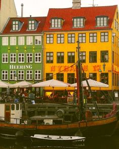 Spring in Nyhavn. Denmark Europe, Copenhagen Denmark, Some Beautiful Images, Urban Architecture, Travel Europe, Photo S, Travelling, Colorful, Mansions