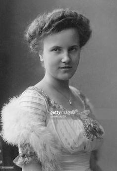 Images Of Princess, Prince Héritier, Reine Victoria, Princess Victoria, Still Image, Presentation, Germany, News, Royal Princess