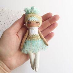 Image of Mini Mini #23
