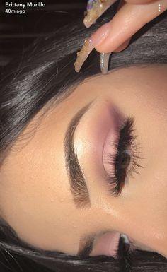 Winged eyeliner without the eyeliner!