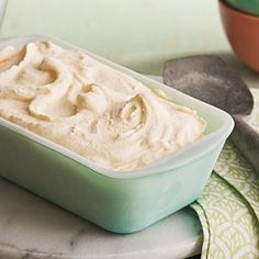 Vanilla Bean Ice Cream Recipe-SERIOUSLY AMAZING!!!! Best ice cream I've ever made. Super creamy and perfect.