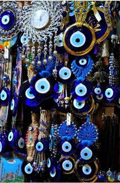 Olho grego, que na verdade é olho Turco!