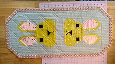 Bunny Love Table Runner made from Elizabeth Hartman Bunny pattern. Black Floral Wallpaper, Elizabeth Hartman Quilts, Barn Quilt Patterns, Small Sewing Projects, Animal Quilts, Tablerunners, Patchwork Fabric, Quilted Table Runners, Barn Quilts