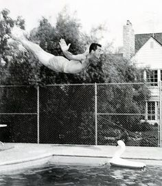 ilovedinomartin: Dean Martin diving into a pool