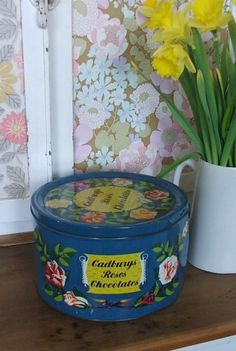 Vintage Cadbury's Rose's Sweets Tin