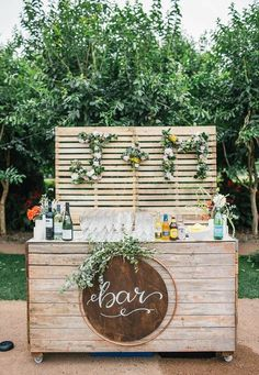 Rustic chic weddings for one truly stunning wedding event, advice stamp 8980488565 - Simply rustic rustic wedding day. romantic rustic chic wedding mason jars generated on day 20190902 - study post number 8980488565 here. Decoration Evenementielle, Banquet Decorations, Wedding Decorations, Backyard Decorations, Outdoor Decorations, Chic Wedding, Summer Wedding, Dream Wedding, Wedding Day