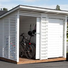 """A wise man once said that """"a man's shed is his castle"""" well, actually, they didn't, but they should have. A good shed is a simply a great thing to have in your garden - you can take all those tools and kids' toys that are lying around Pool Shed, Backyard Sheds, Outdoor Sheds, Ponds Backyard, Outdoor Gardens, New Shed Ideas, Range Velo, Garden Storage Shed, Diy Shed Plans"""