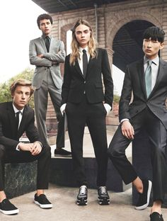 Cara Delevingne Goes Androgynous for New DKNY Menswear Campaign Androgynous Fashion, Tomboy Fashion, Moda Fashion, Unisex Fashion, High Fashion, Androgyny, Men's Fashion, Androgynous Models, Rare Fashion