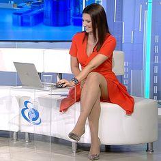 More on tvmagia.ro Female News Anchors, Beautiful Legs, Hot, Women, Women's