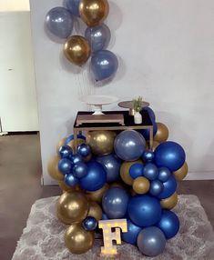 Birthday Balloon Decorations, Birthday Balloons, Sweet 16, Graduation, Party, Diy, Ideas, Masculine Party, Ideas Aniversario