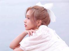 South Korean Girls, Korean Girl Groups, Sana Momo, Myoui Mina, Twice Kpop, My Big Love, Flower Aesthetic, Loving U, Nayeon