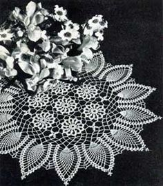 This is a reproduction of a vintage pattern to crochet a doily with a ring of pineapple designs around a mesh centre with small round motifs, using No. Free Crochet Doily Patterns, Lace Patterns, Crochet Doilies, Crochet Ideas, Thread Crochet, Knit Or Crochet, Crochet Stitches, Filet Crochet, Pineapple Crochet